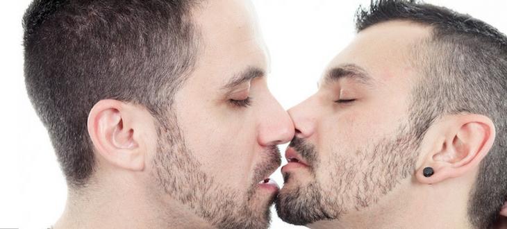 Gays.com Magazine (6).jpg